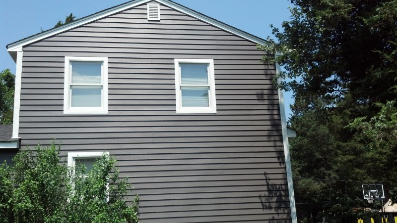 residential Siding Services In East Freehold, NJ